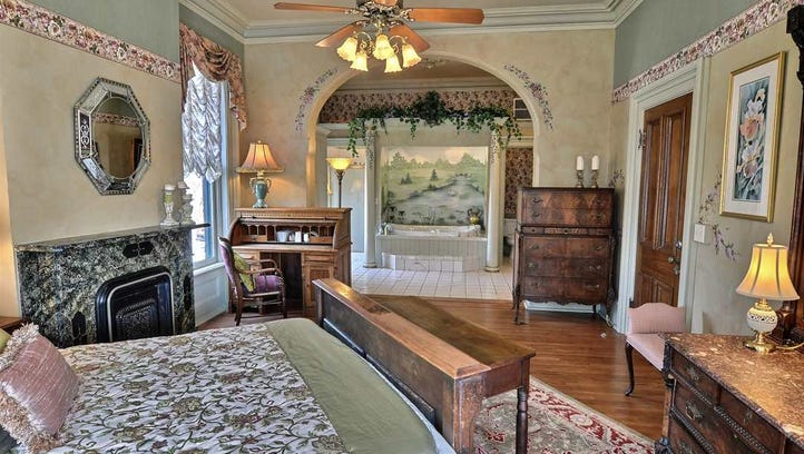Take a Virtual Tour: 1882 Lafayette Bed & Breakfast mansion