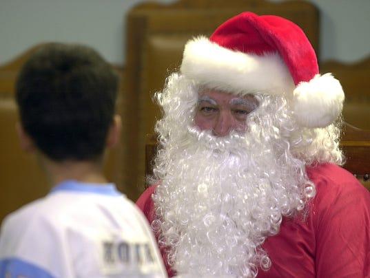 636480004133027629-Santas-Helpers-A-sf.JPG