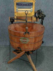 The 1900 Washer Co. Cataract machine.