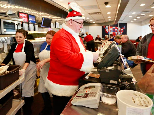 Christmas at Round the Clock Diner