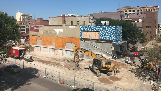 A building permit has been issued for a commercial building at 136 S. Phillips Avenue, the site where a building collapsed in December 2016.