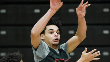 Davis helps lead SCSU to NSIC North's No. 2 playoff seed