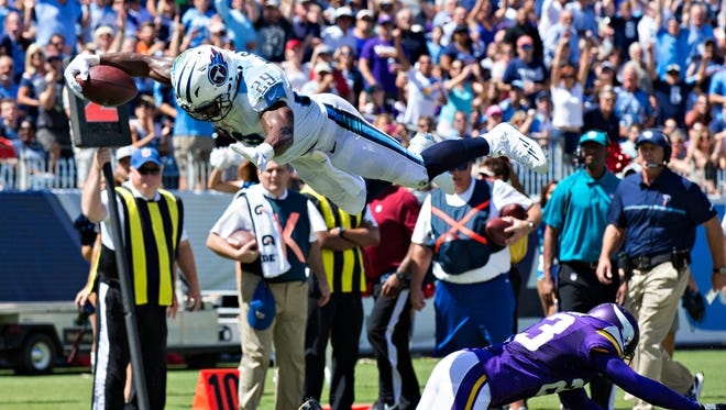 Titans running back DeMarco Murray scored both of Tennessee's touchdowns in its opener against the Vikings.