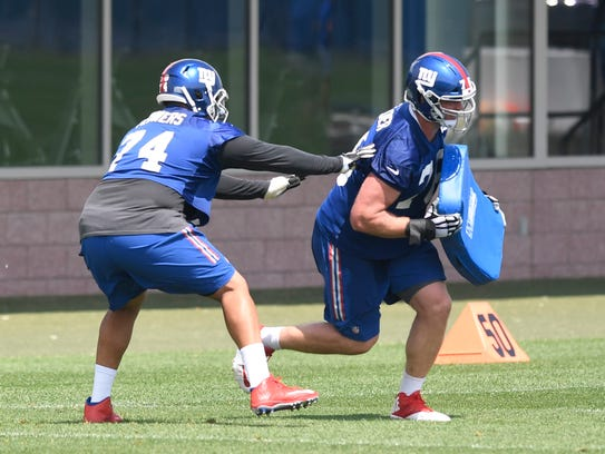 New York Giants offensive tackle Ereck Flowers (74)