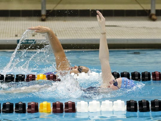 ELM 1117 NDSwimming_02