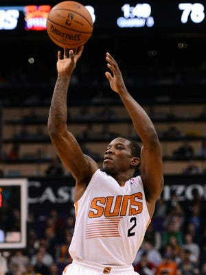 Eric Bledsoe scored a game-high 25 points and hit three 3-pointers for the Suns.