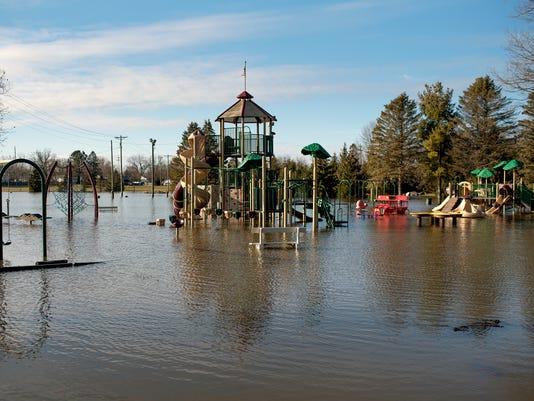 636549211565399800-180222-flooding-02a.JPG