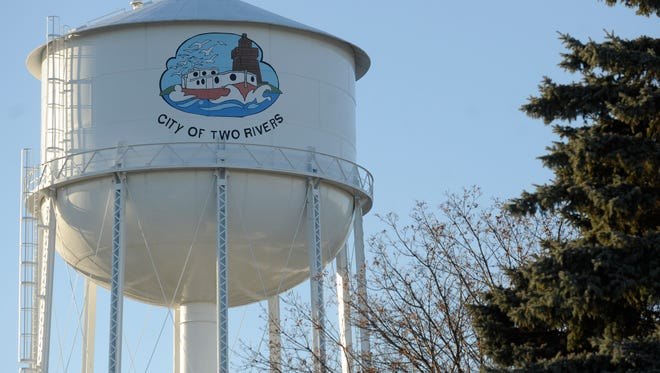 Two Rivers water tower