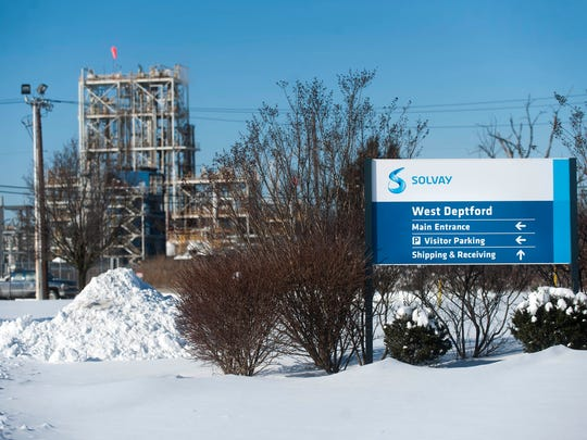 West Deptford's Solvay Specialty Polymers claims 'major findings' in a water contamination investigation revealed no contaminants in surface water and most private drinking wells.