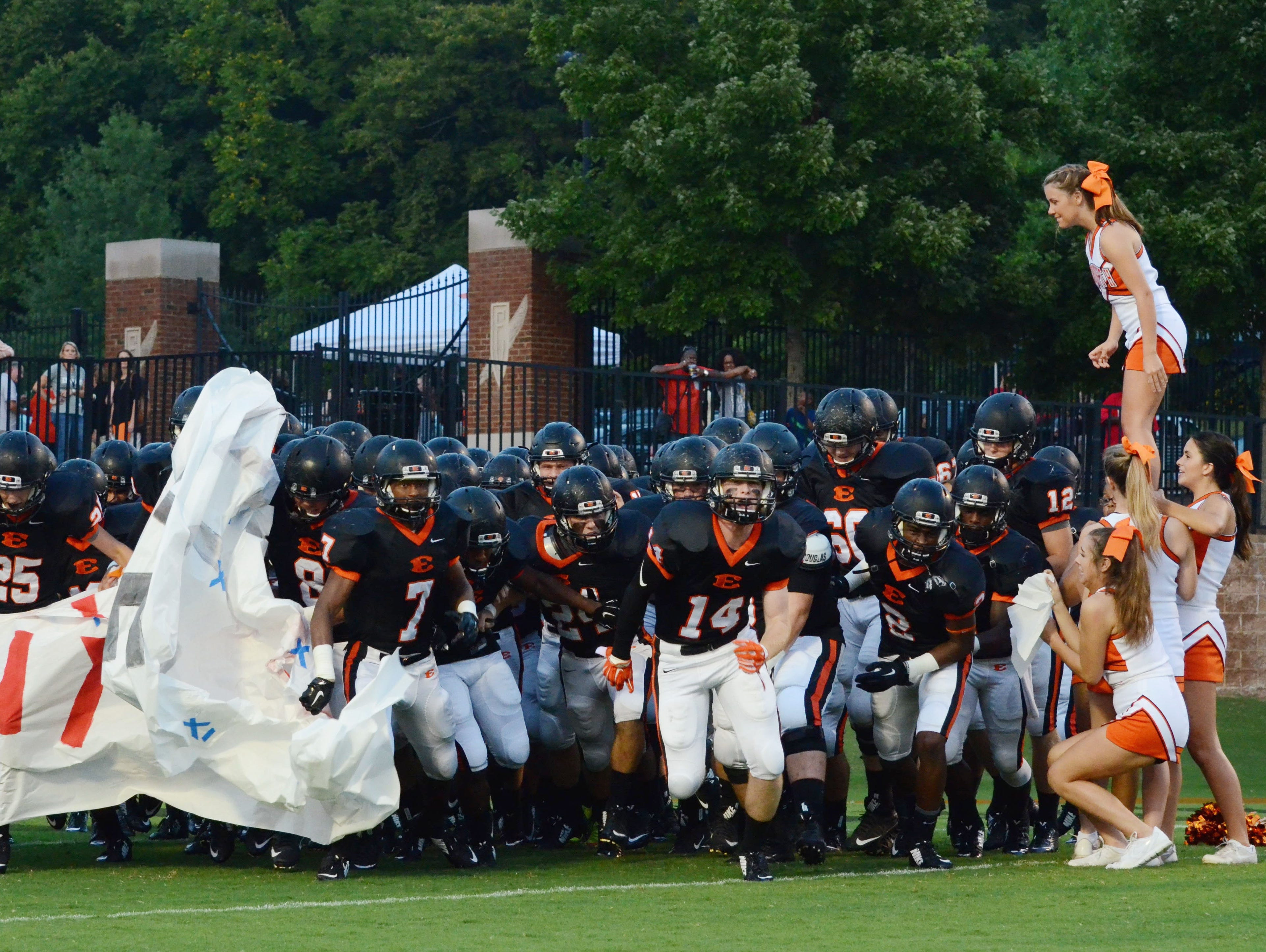 Ensworth takes the field prior to Friday's Division II-AA East/Middle Region opener against Baylor.