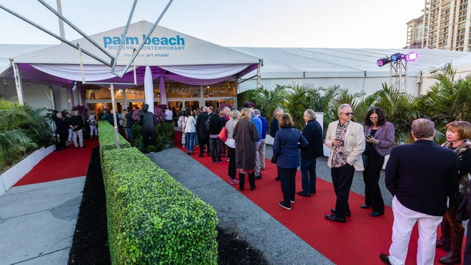 Visitors stream into the Palm Beach Modern + Contemporary art fair.