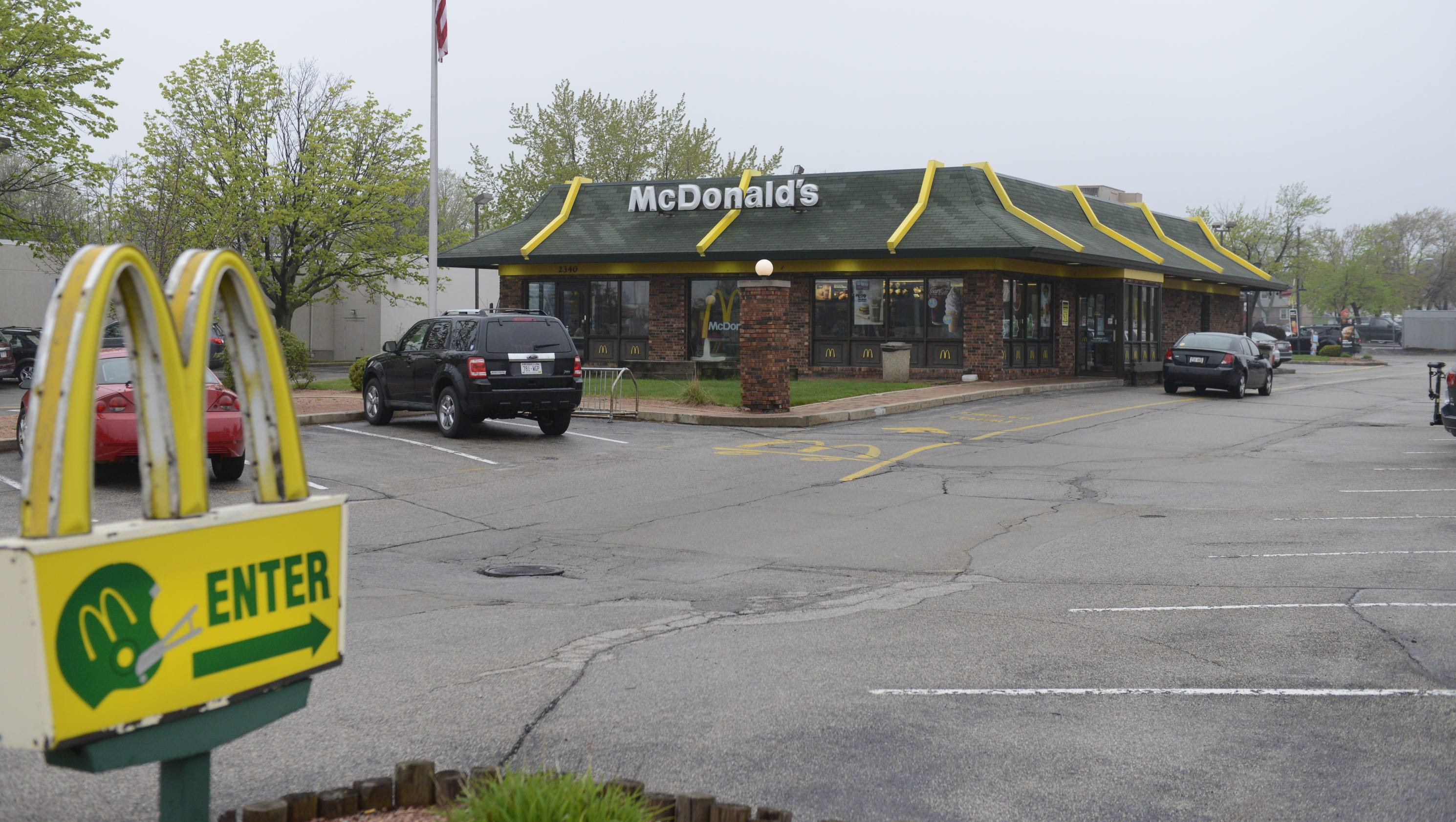mcdonald current situation The business outlook at mcdonald's is mixed management just unveiled a new global turnaround plan centered on driving operations, returning excitement to the brand.
