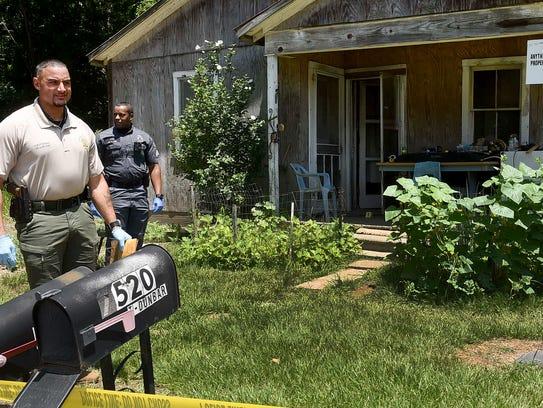 Opelousas police investigate a shooting involving a