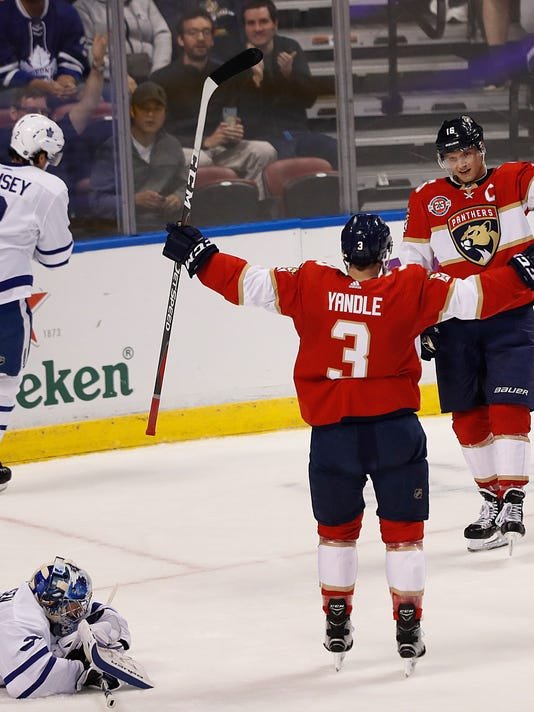 Maple_Leafs_Panthers_Hockey_00465.jpg