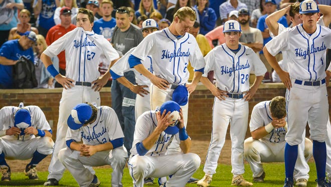 A dejected Highlands team looks on after losing to West Jessamine in the finals of the KHSAA state baseball tournament.