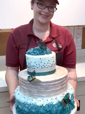 Fox's Piggly Wiggly has added custom-made cakes to the offerings atits family-owned grocery store in Manitowoc.