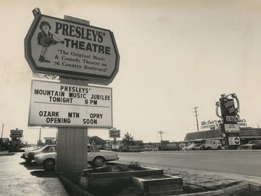 The Presleys' Theatre sign as it appeared in the 1980s.