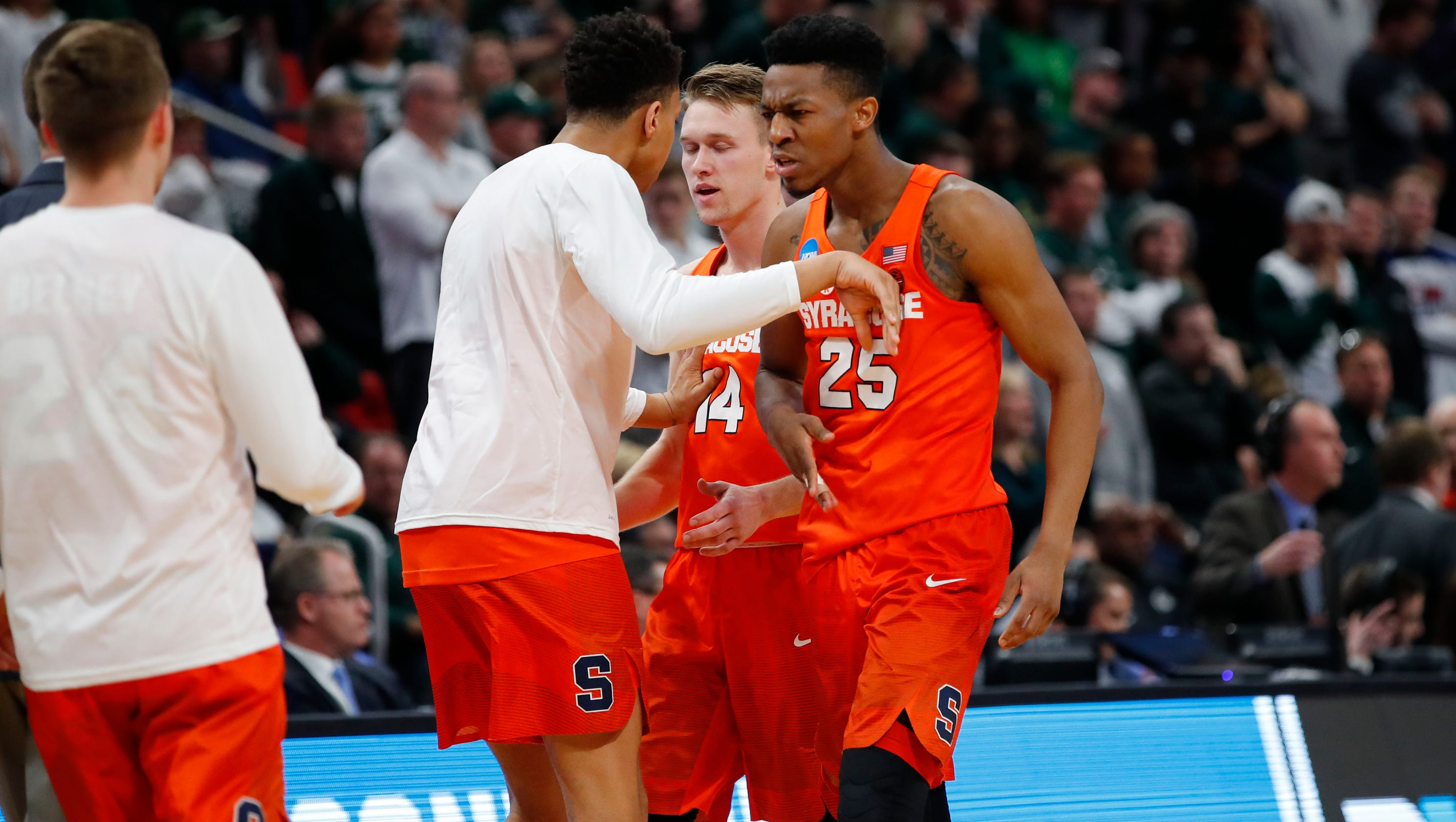 Syracuse Upsets Michigan State To Advance To NCAA