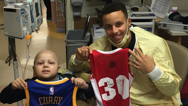 Brody Stephens and Steph Curry exchanged jerseys during the NBA star's visit to Riley Hospital for Children over the weekend.