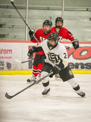Eddie Dahdah (2) of River Dell/Westwood had a three-point game in his hockey team's 3-0 win over Clifton on Saturday, Dec. 3, 2016.