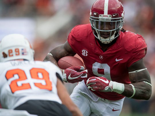 Alabama running back Bo Scarbrough (9) ran for 596 yards and eight touchdowns last season.