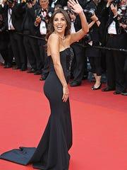 Eva Longoria attends the 'Money Monster' premiere during