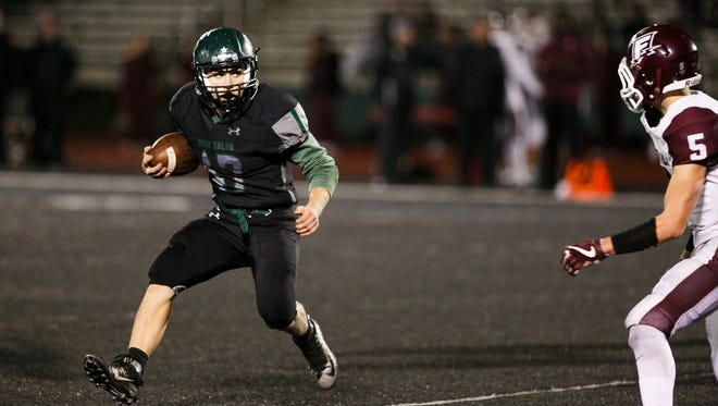West Salem faces Franklin in a first round OSAA 6A state playoff game on Friday, Nov. 3, 2017, at West Salem High School. The West Salem Titans won the game 70-0.
