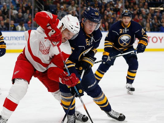 red wings snap four game skid with 2 1 shoot out win in buffalo. Black Bedroom Furniture Sets. Home Design Ideas