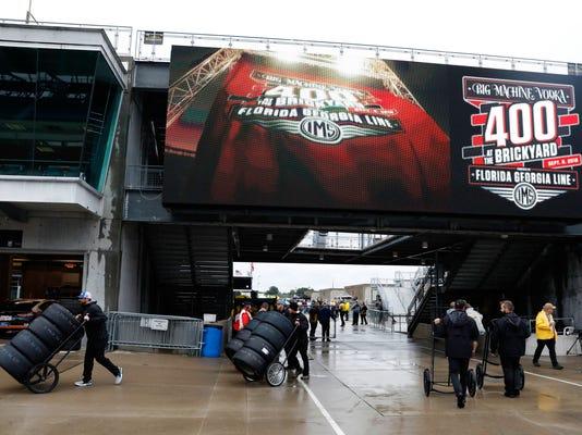 NASCAR_Brickyard_400_Auto_Racing_15048.jpg