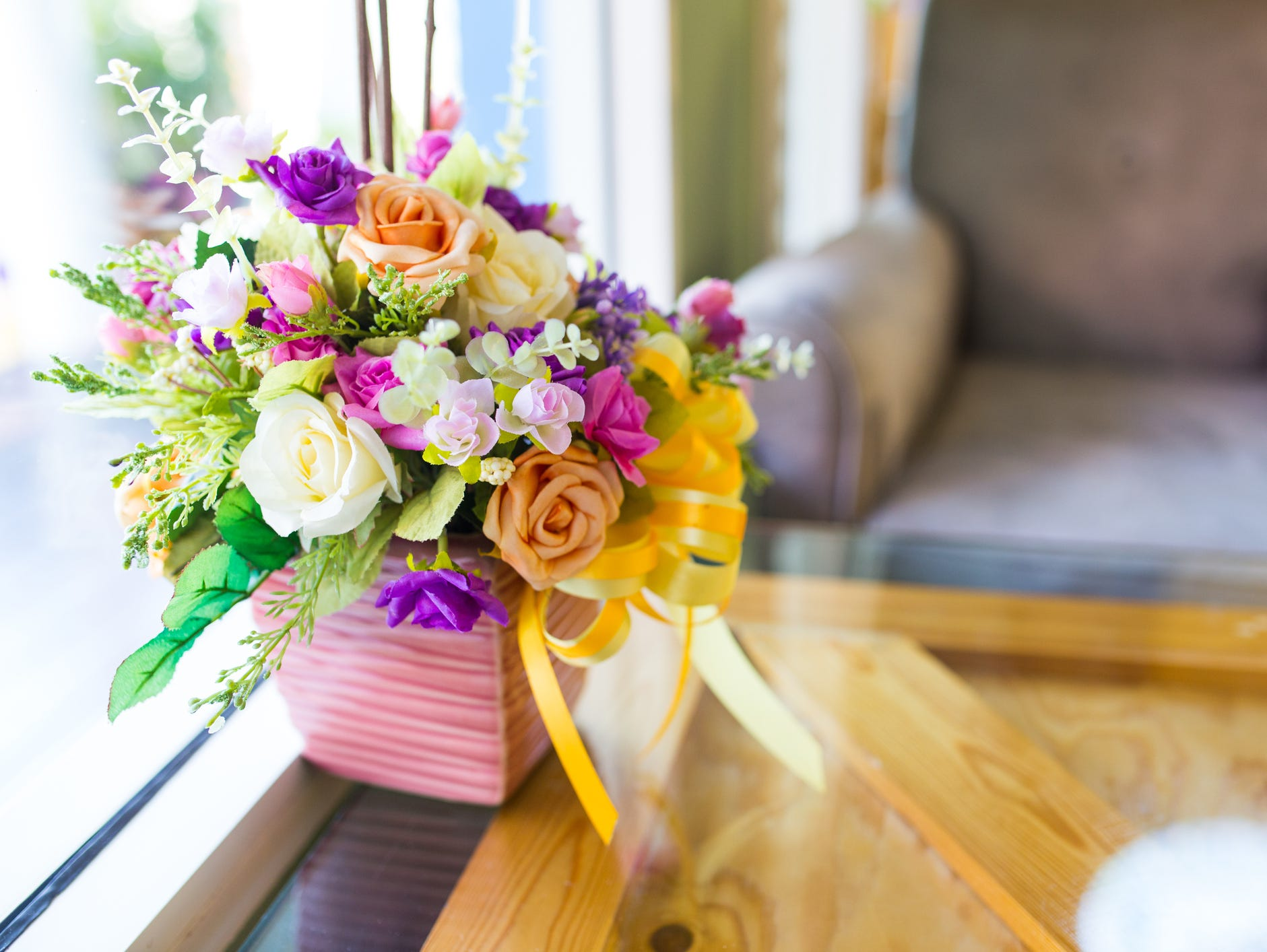 Order summer floral arrangements today! Insiders receive an exclusive 20% savings.