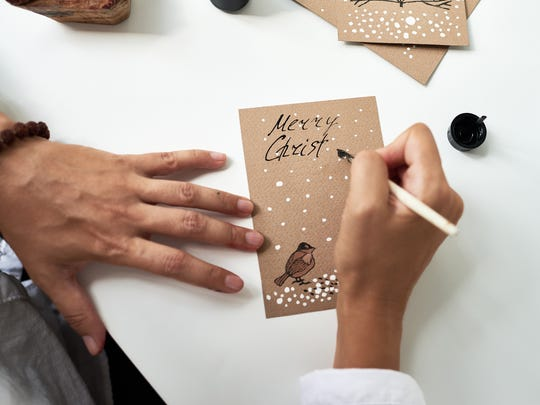Handwritten holiday cards are still very much alive