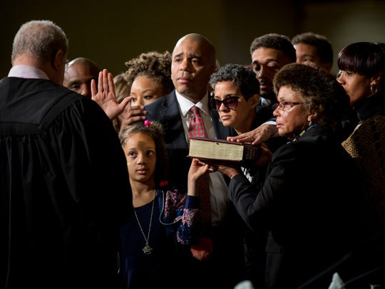 Council Member Christopher Smitherman is sworn in as