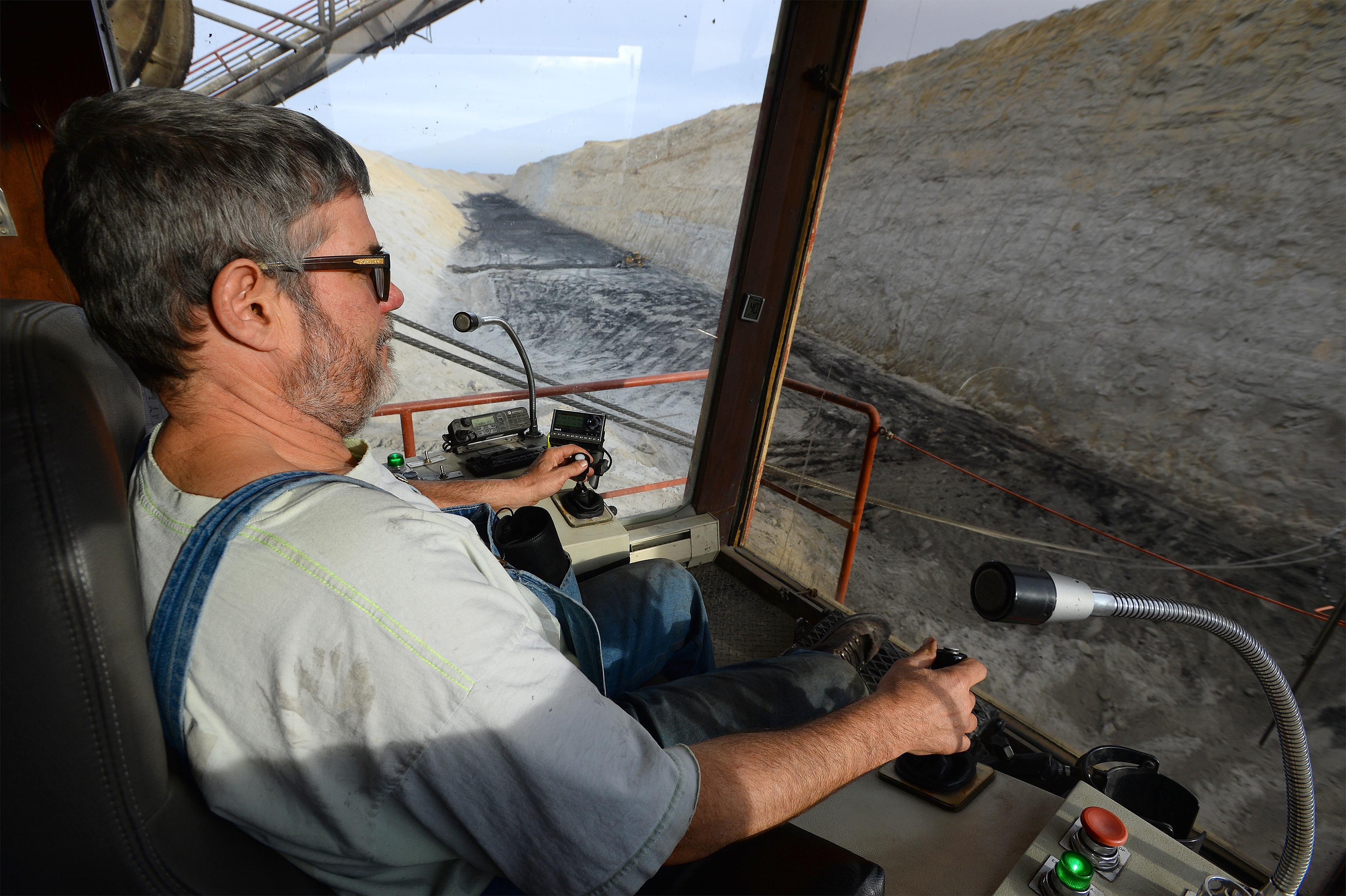 Dragline operator jobs