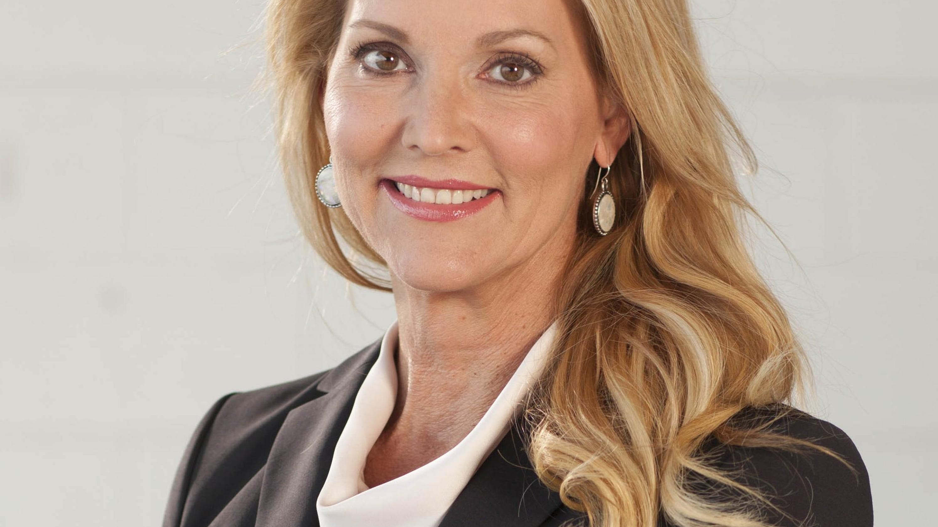 Local CEO wins international peace award