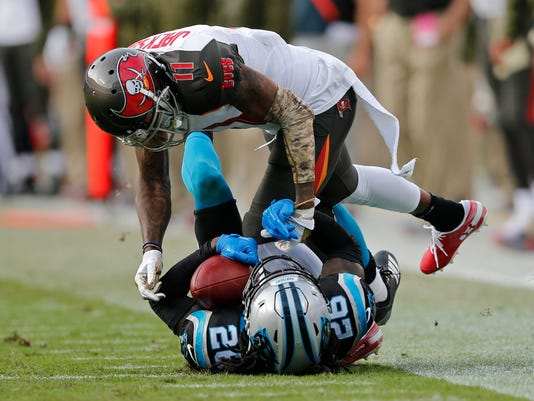 Buccaneers_Panthers_Football_81133.jpg