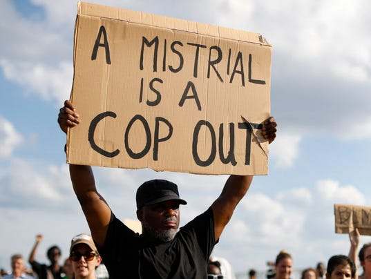 AP CINCINNATI POLICE SHOOT RETRIAL A USA OH