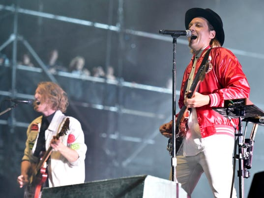 Richard Reed Parry, Win Butler