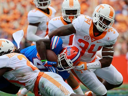 Tennessee's Darrin Kirkland Jr. (34)  went to Lawrence