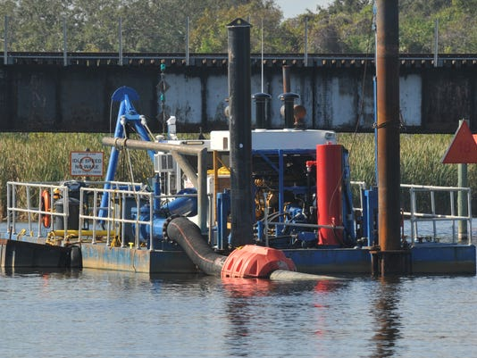 FIT grad students reseasrch dredging effects