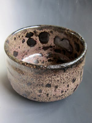 Pottery by Hui-Yiu Shih of Taiwan.