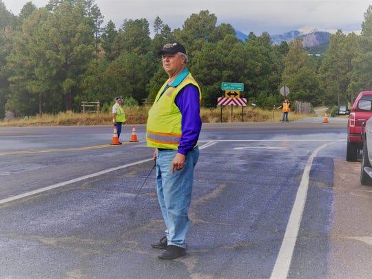 Doug Thompson, W5DET, president of the Sierra Blanca