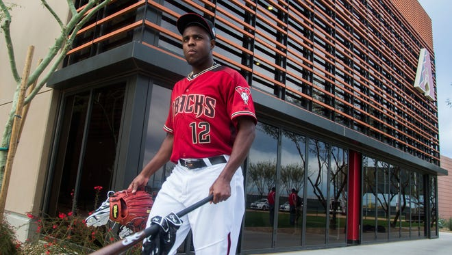 Diamondbacks pitcher Rubby De La Rosa walks out for stretching during Spring Training at Salt River Fields at Talking Stick, on Thursday, February 18, 2016.