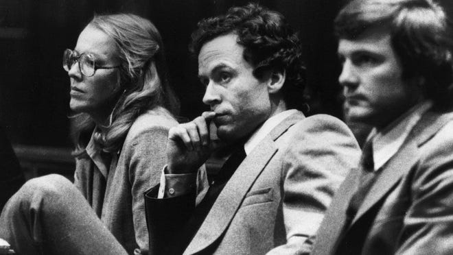Serial killer Ted Bundy watches the jury return with a decision to the courtroom. He was executed in 1989. ORG XMIT:   ORG XMIT: MER0704270126392785