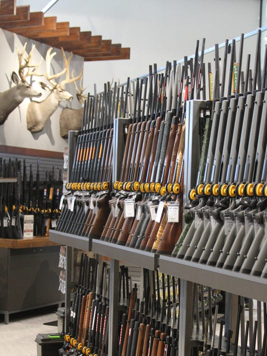 635955355471957171-guns-and-taxidermy.jpg