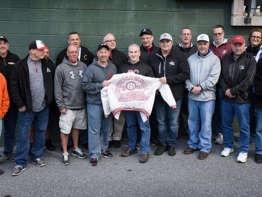 ldn-mkd-050516-annville baseball team-