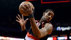Did the Suns close some ground in their chase for LaMarcus
