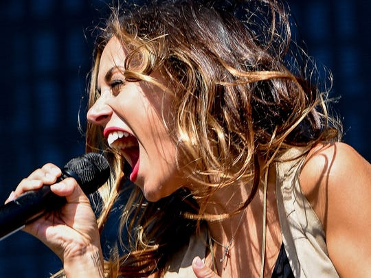 Hometown Star Jana Kramer performs on the main stage late at the 2015 Downtown Detroit Hoedown.