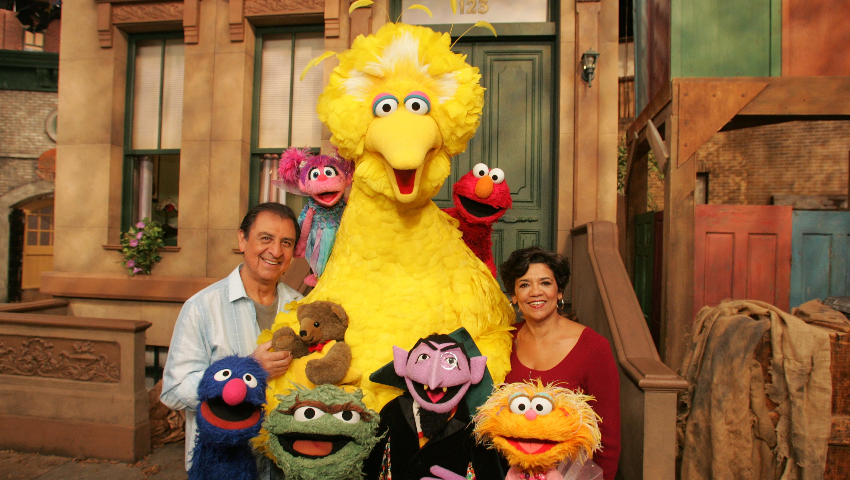 Photos Sesame Street S Maria Retires After 44 Years