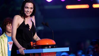 INGLEWOOD, CA - MARCH 28:  Actress Angelina Jolie accepts award for Favorite Villain for 'Maleficent' onstage during the Nickelodeon's 28th Annual Kids' Choice Awards held at The Forum on March 28, 2015 in Inglewood, California.  (Photo by Tommaso Boddi/WireImage) ORG XMIT: 543522077 ORIG FILE ID: 467988172