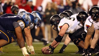 Dec 12, 2015; Philadelphia, PA, USA; Army Black Knights offensive lineman Matt Hugenberg (53) lines up at the line of scrimmage against the Navy Midshipmen during the second half at Lincoln Financial Field. Mandatory Credit: Danny Wild-USA TODAY Sports usp ORG XMIT: USATSI-227660 [Via MerlinFTP Drop]